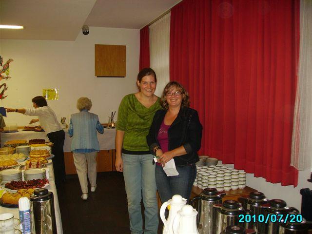 Beim_Kuchenverkauf